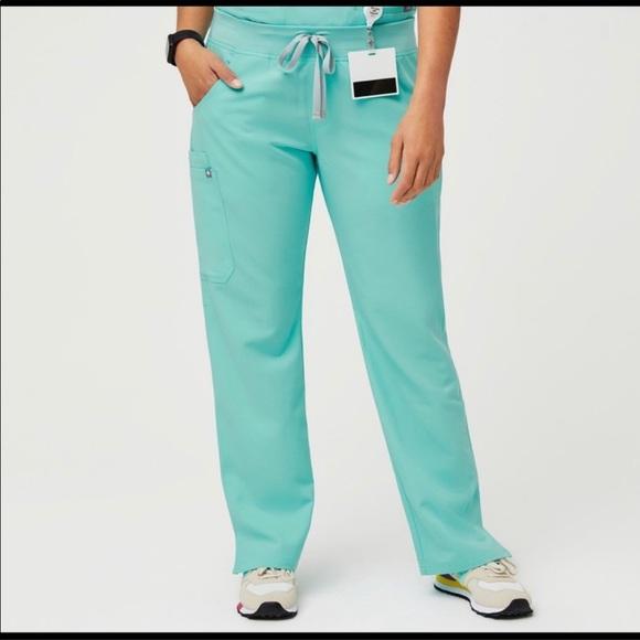 FIGS kade style scrub pants